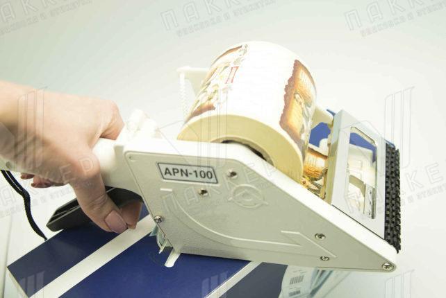 Аппликатор ручной для самоклеящейся этикетки
